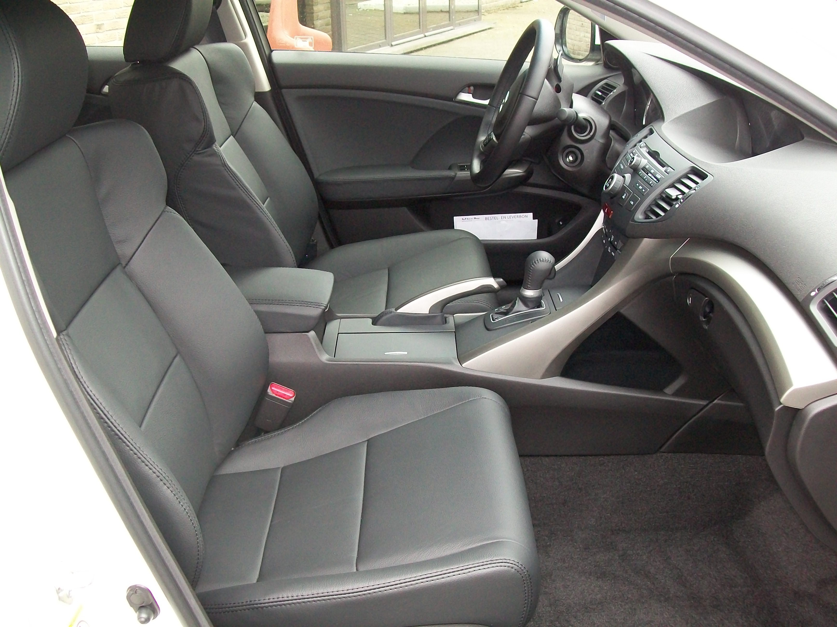 Talat - Autobekleding - Honda Accord