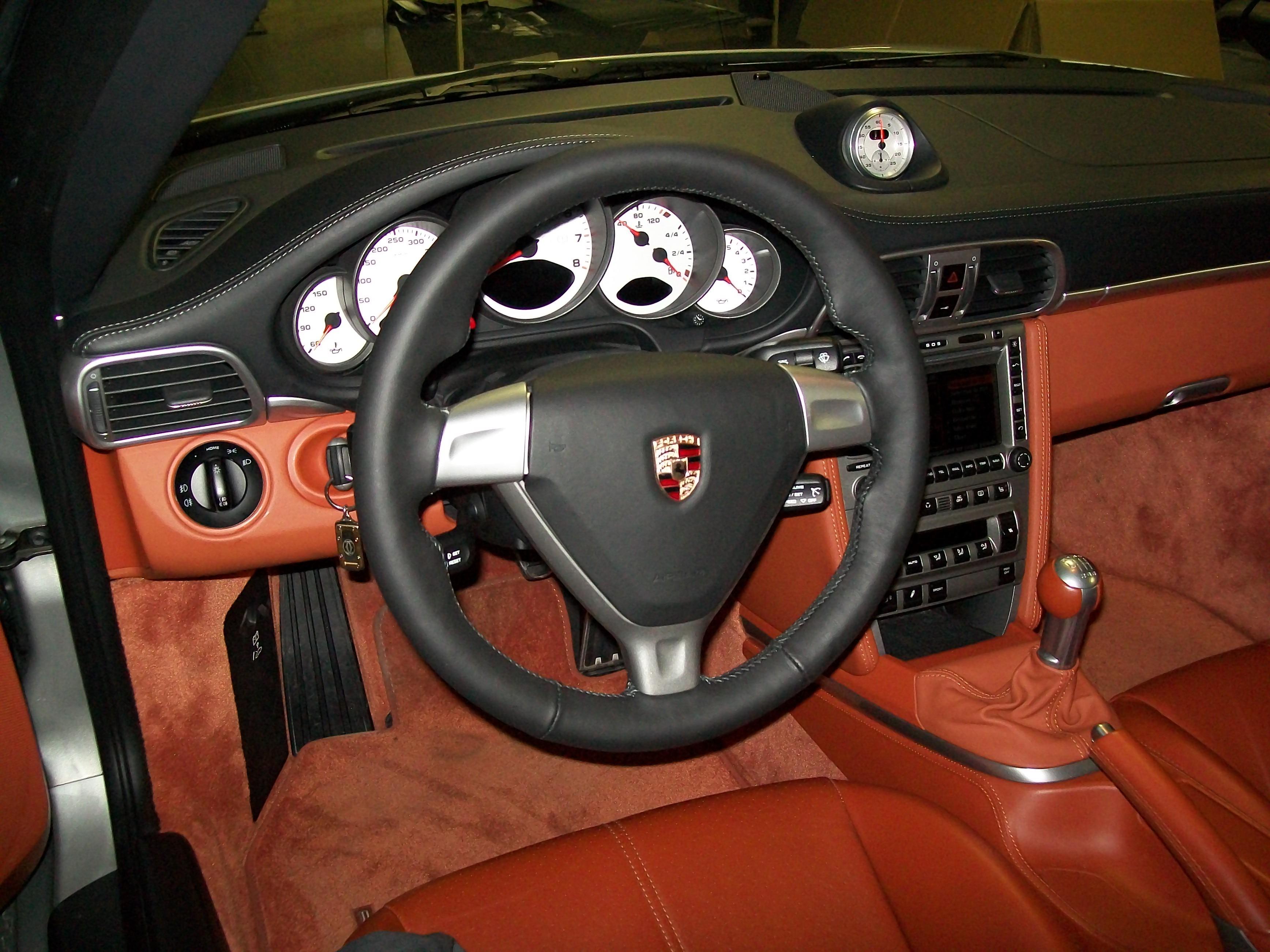 Talat - Autobekleding - Porsche Turbo