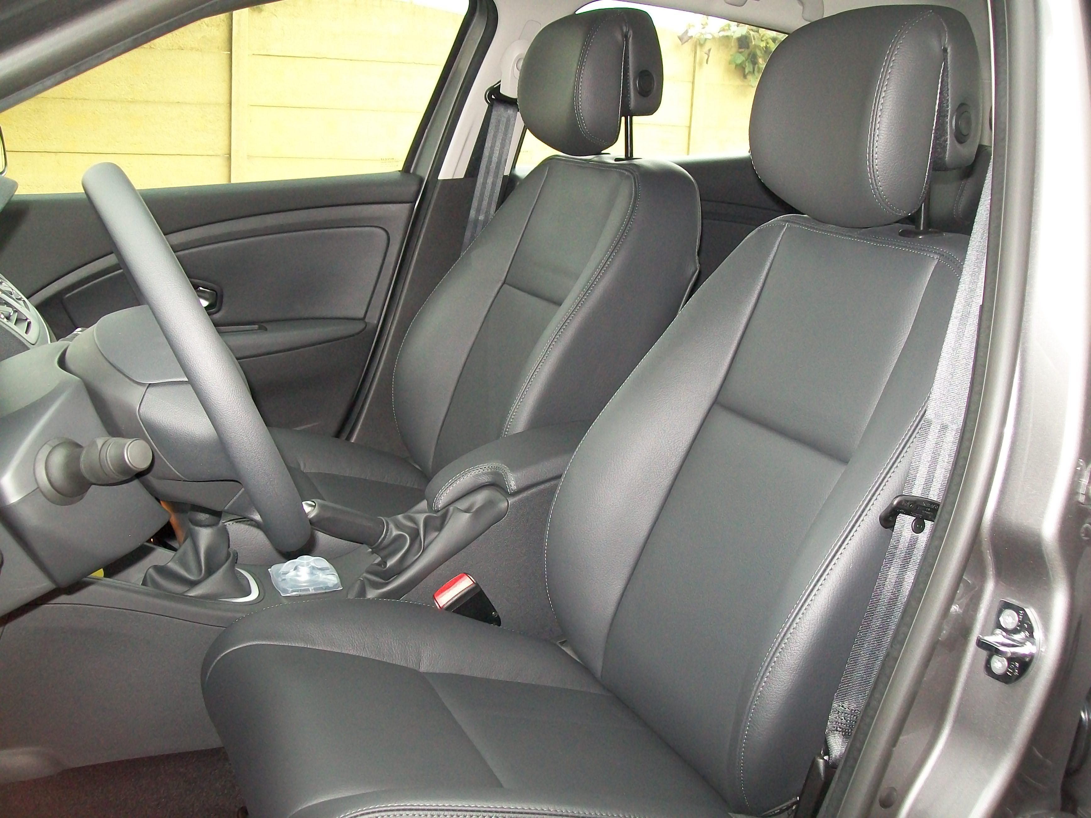 Talat - Autobekleding - Renault Clio